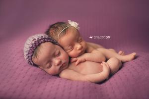 Violet + Chloe