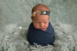 Averys Dimples ~ Long Grove Illinois Newborn Photographer