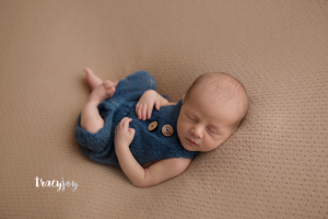 Colin – Long Grove Illinois Newborn Photographer